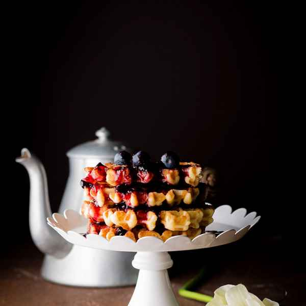 photographe culinaire gaufrettes fruits rouges