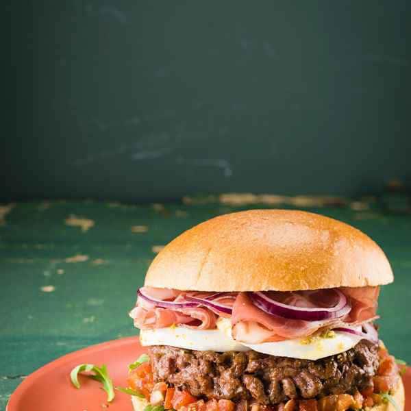 photographe culinaire burger italien