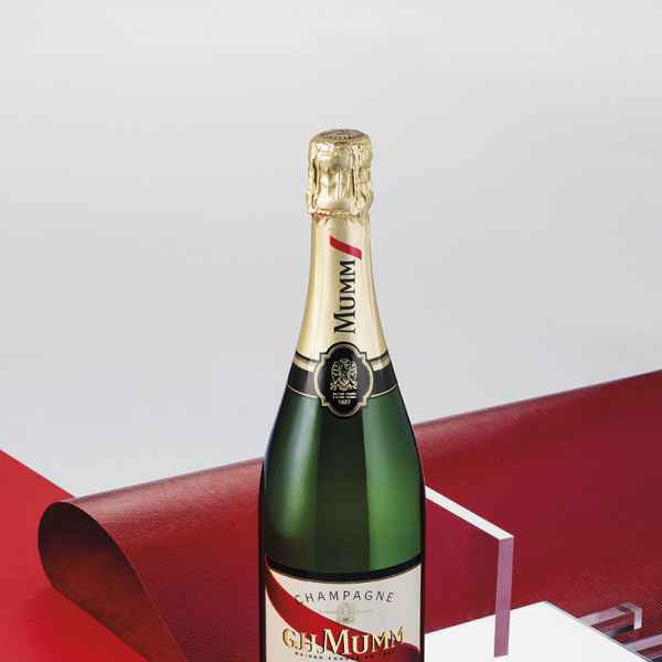 photographe nature morte champagne mumm