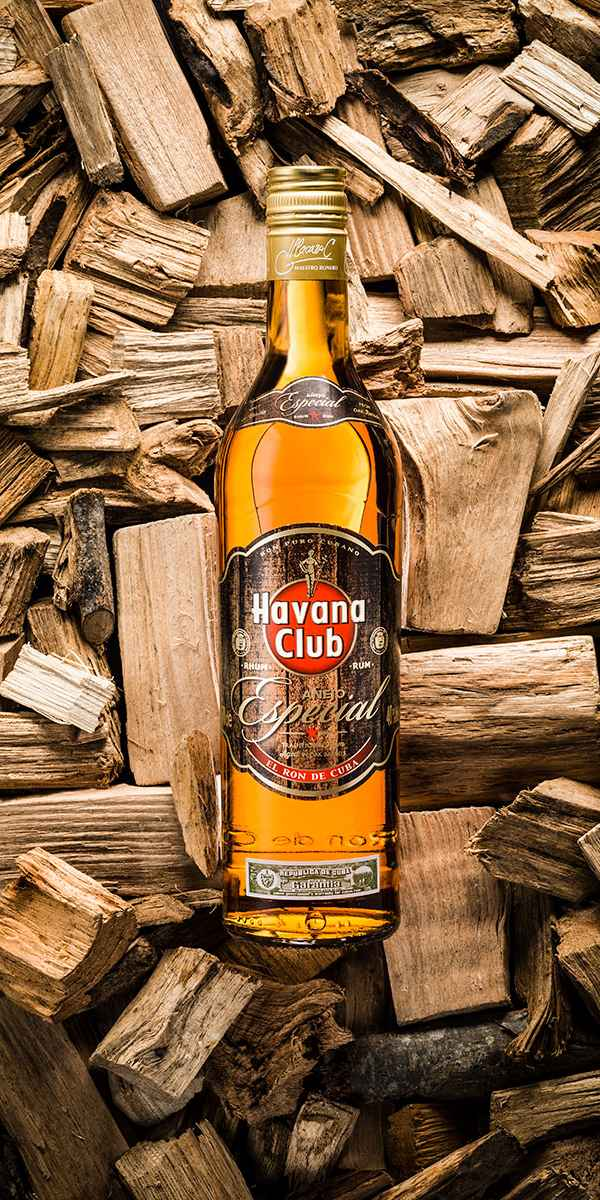 photographe nature morte bouteille havana club pernod
