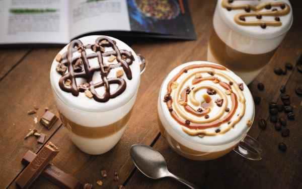 photographe culinaire post production boissons gourmandes cappuccino cafe latte
